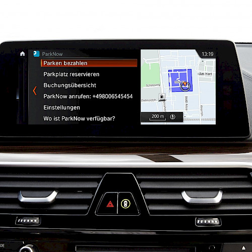 BMW ParkNow In-Car App
