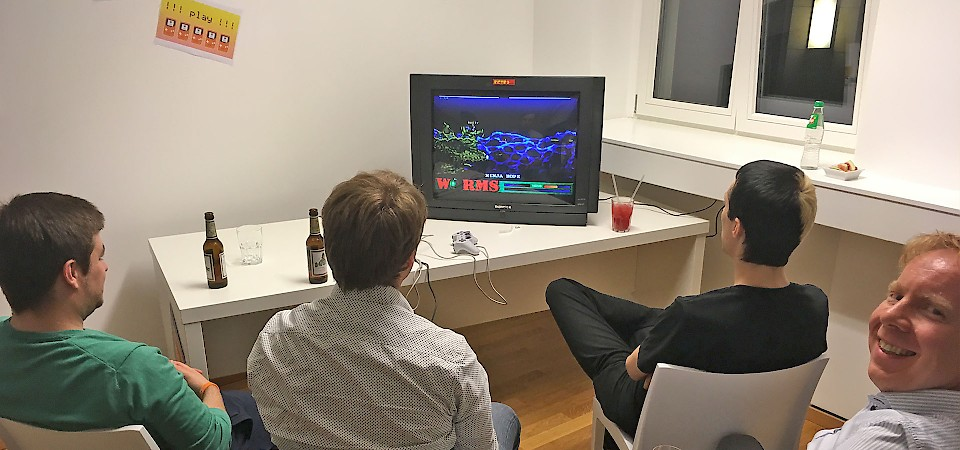 Leipzig office opening, Worms gaming